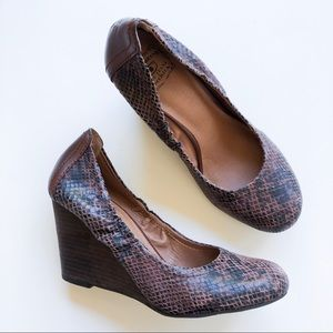 Lucky Brand Gaill Wedges Leather Snake Print